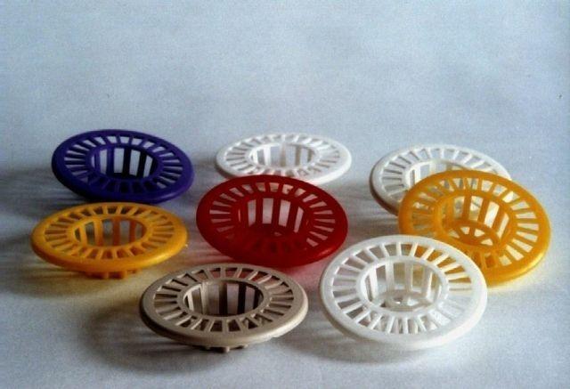 Lapač nečistot d6,5cm plastový (1ks)