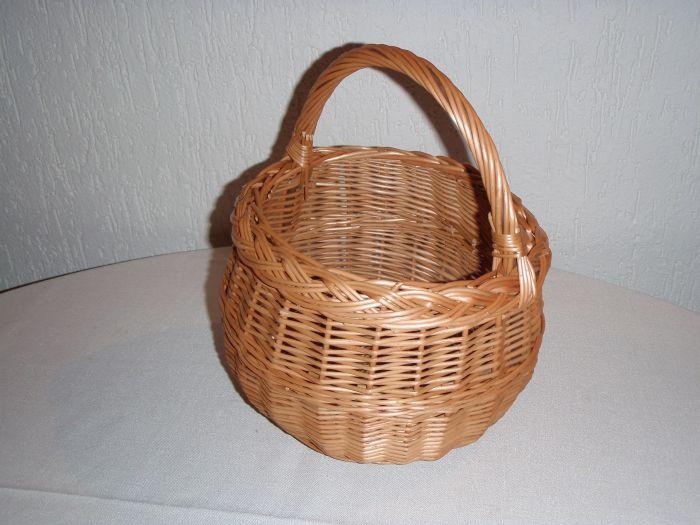 Košík d15cm x10cm mini proutěný (1ks)
