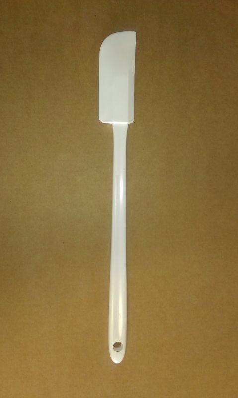 Stěrka kuch. 26cm, 7x3cm gum.bílá, plast.rukojeť