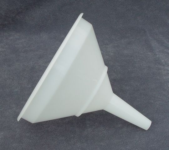 Nálevka d30cm-trychtýř,plast